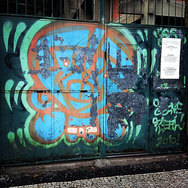 #fóssil #djonereal #horto #2010 #streetartrio