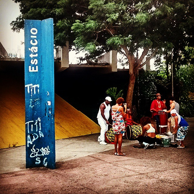 #metroestacio #estacio #largodoestacio #musicos #streetartrio #arterua