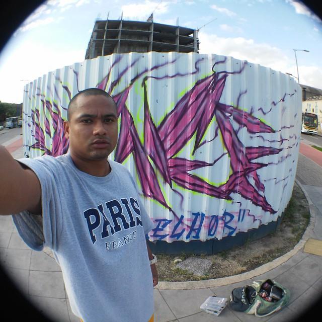 viver é melhor #Little #streetartrio #cidadegaleria #Riodejaneiro #instagraffiti #graffitirj