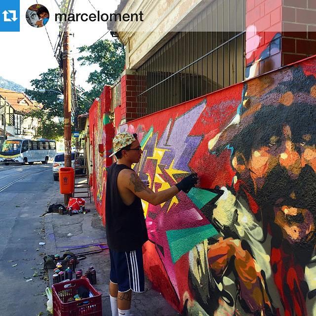 A classic day in ma neighborhood with good friends! #Repost @marceloment , alongside @marceloment @marcioswk @tarm1 @mga021 #riodejaneiro #streetartrio #santacrew #marcelojou #jou #fins #graffiti #welovegraffiti