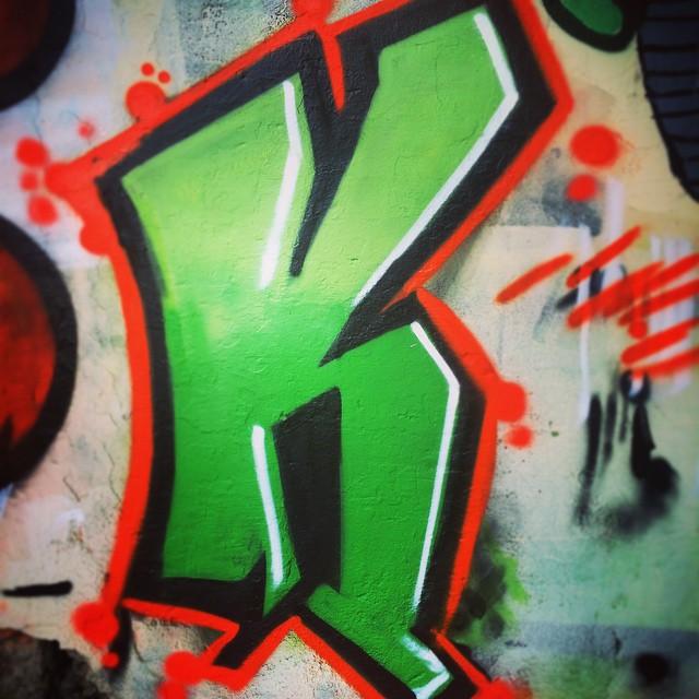 Aulinha com o Fame e mandei o K! Adorei! #fame #workshpp #tijuca #wildstyle #graffiti #grafite #marceloeco #mtnrio #colorgin #streetartrio #art