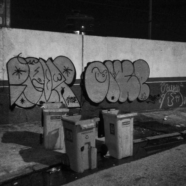 Firmeza total @cascaum22 #ruasdazn #streetartrio #artistasurbanoscrew #estiloriginal #tagsandthrows #welovebombing #aucrew #classicbomber #graffitirj #graffiti #graffitivandal #bombingbrasil #rjvandal