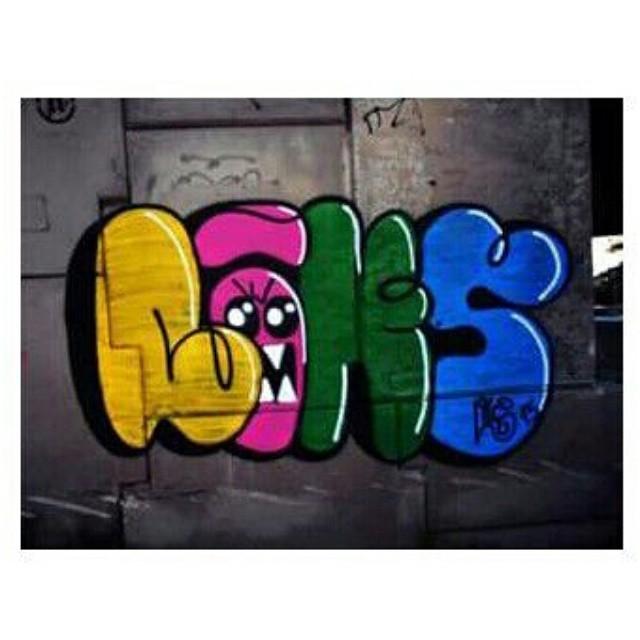 Liks! #Graffiti #GraffitiRioDeJaneiro #GraffitiBrasil #Letras #StreetArtRio #StreetArt #Street #Rua #Pinturas #Cores #Bomb #Bombing #Vandal #Vandalize #RjVandal #TresDoidasCrew #TresDC #InstaGraffiti #RuasDaZn #ZonaNorte #ErreJota