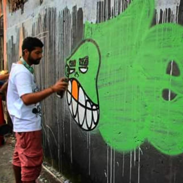 Quem não é visto não é lembrado... #vandal #bomb #StreetArtRio #graffiti