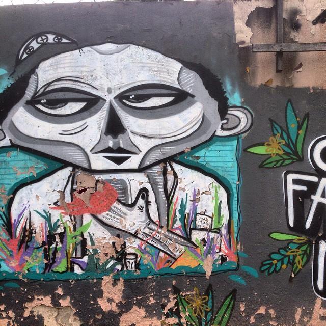 #graffiti #nrvo #streetart #streetartrio #urbanart #MuralsDaily #nofilter #tijukistan #tijuca #riodejaneiro #brazil