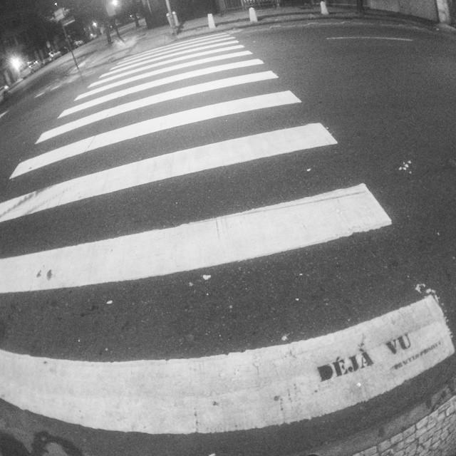 #oraculoproject #artederua #arteurbana #urbanart #streetart #streetartist #streetartrio #urbanwalls #grafite #graffiti #intervenção #intervention #paradox #paradoxo #dejavu #dejavu #copa #copacabana #riodejaneiro