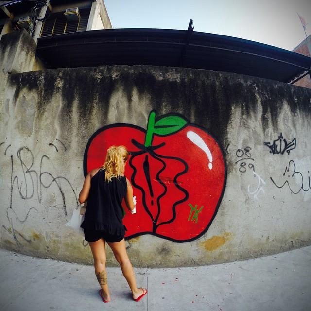 #streetartrio #apple #eva