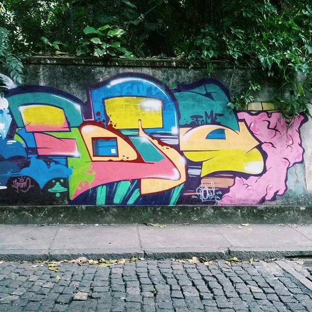 2015 #BLOPA #mtn #mtn94 #graffiti #graffitiart #graffitiartist #streetart #art #arte #arteurbana #graffitikings #letters #weloveletters #SprayArt #Writer #graffitiwriter #vscocam #print #wildstyle #wildstylegraffiti #graffitilove #graffitilovers #streetartrio #Writer #letterscience #BlopaOne.
