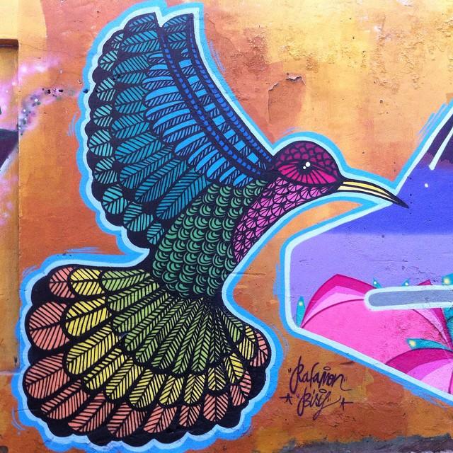 Beija-flor #arte #art #streetart #grafitti #instagrafitti #StreetArtRio #nofilter #beijaflor #leblon #rj #riodejaneiro #pels
