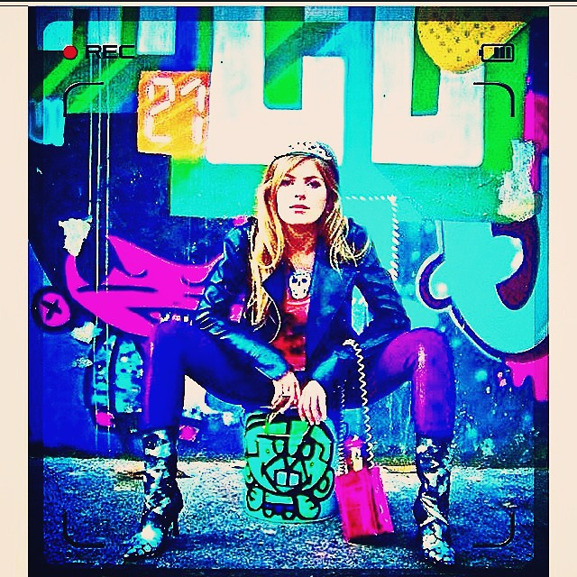 Rua.. #jb #lagoa #cap #streetartrio #art #graffiti #crew #idolno