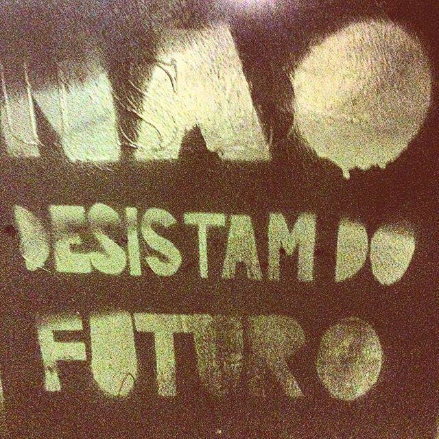 Issaê. #riodejaneiro #igersrio #igersbrasil #ig_riodejaneiro_ #rioetc #cenascariocas #errejota #rioetc #justsaying #streetartrio #vsco #vscocam