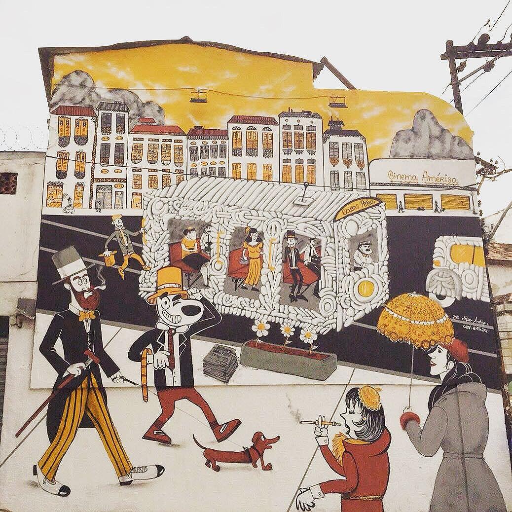 Bom dia! Painel finalizado, Rio Antigo, relembrando a Tijuca antiga. #cazesawaya #birita #efixis #streetart #streetartrio #streetartphoto #graffiti #graffitiecaro #bigwall #cinemaamerica #bonde