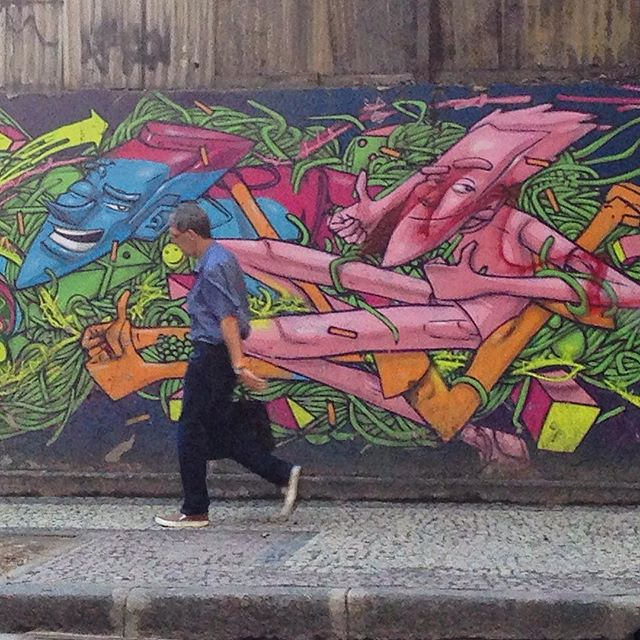 #grafite #graffiti #instagraffiti #graffitigram #urbanart #streetart #streetartbrazil #streetartrio #artederua #arteurbana #grafiterio #intervencaourbana #streets