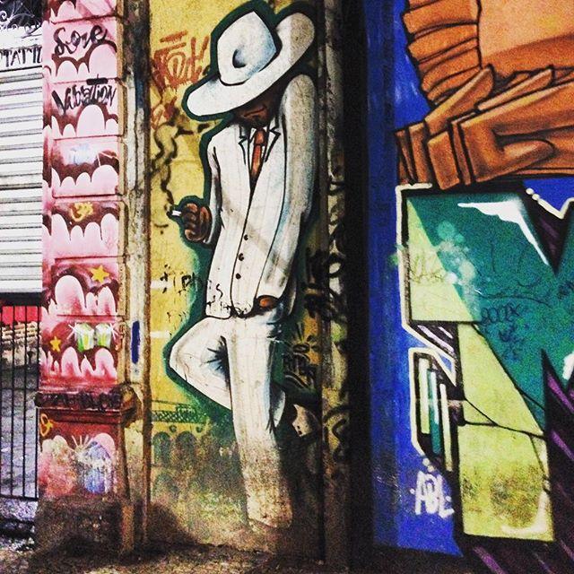 #streetart #urbanart #graffiti #streetartrio #arteurbana #artederua #street_photogrphy #brstreet #achadosdasemana #riodejaneiro #rio #errejota #rj #021 #misturaurbana #olharurbano