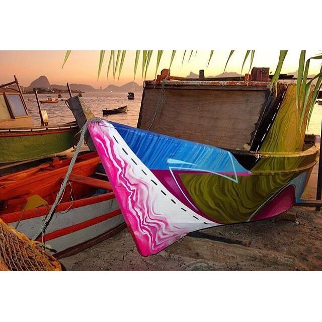 @justinphame #pimpmyboat #streetart #streetartrio #graffiti #grafite #graffitiart #boat #barco #praia #beach #character #characterdesign #colorful #colorgin #colorginarteurbana #mtn #mtn94 #sun #pesca #pescador