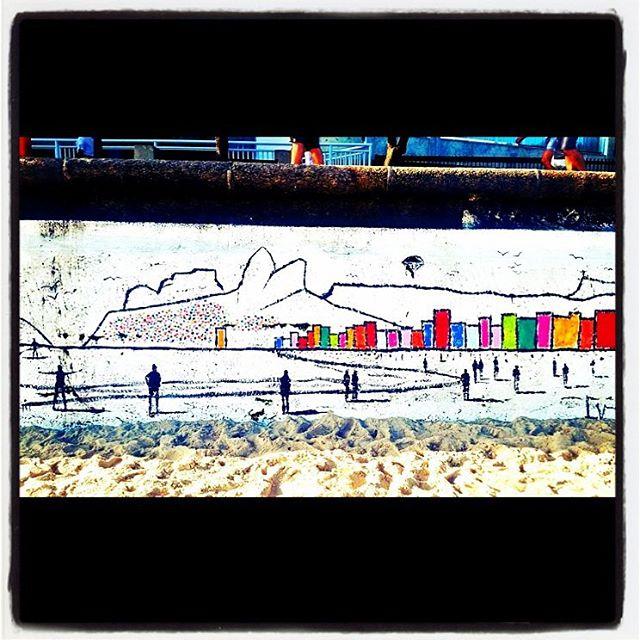 Ipanema beach art #ipanemabeach #arte #art #ipanema #rio #rj #riodejaneiro #brasil #brazil #streetart #streetartrio #riostreetart #streetartagram #streetarteverywhere #beach #praia #cool #streetartistry #streetartphotography
