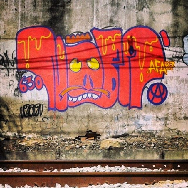 @pandro630 #graffiti #graffitivandal #rjvandal #ilovebombing #tagsandthrows #streetartrio #artistasurbanoscrew #estiloriginal #carreirasolo