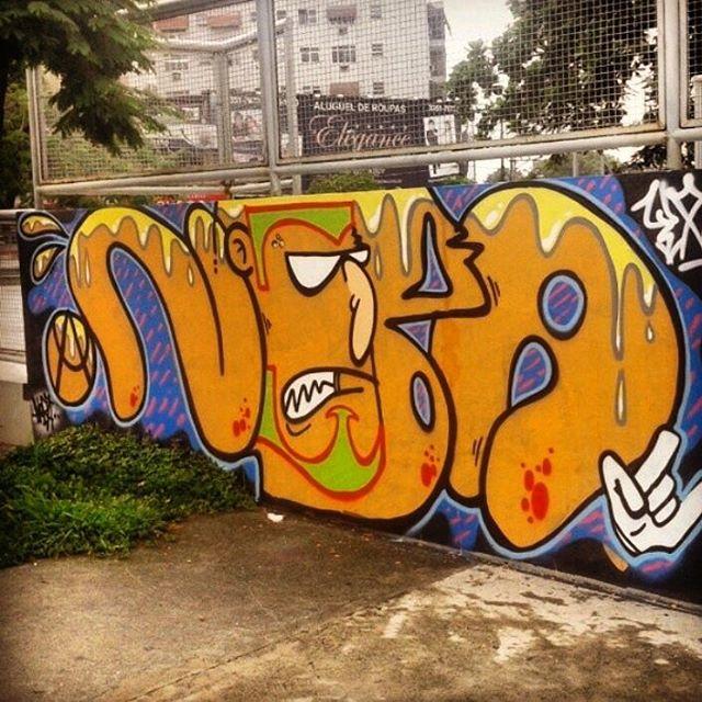 @pandro630 #graffiti #graffitivandal #rjvandal #ilovebombing #tagsandthrows #streetartrio #artistasurbanoscrew #estiloriginal #ruasdazn