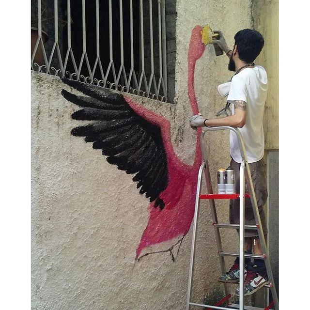 @rafaelgeraldo aqui na #CasaAmarela deixando nossa casa ainda mais cheia de amor  #coletivoca #coletivo #tijuca #tjk #lovetjk #zonanorte #rio #riodejaneiro #rj #arte #cultura #moda #criativos #parceiros #criatividade #carioca #garimpos #grafite #grafitti #streetart #streetartrio