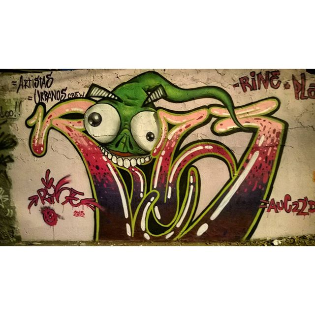 @rinemenezes85 #artistasurbanoscrew #graffiti #graffitivandal #rjvandal #ilovebombing #tagsandthrows #streetartrio