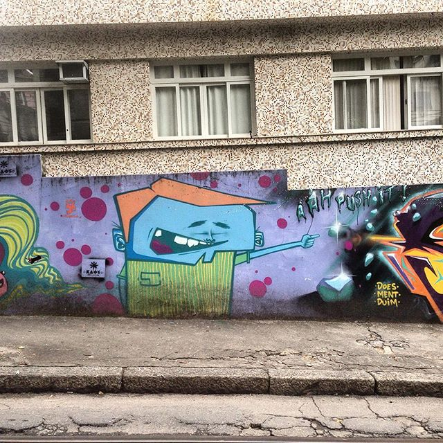 Art done by @marcioswk #graffiti #graffporn #streetart #streetartrio #streetartglobe #urbanart #spraydaily #muralsdaily #nofilter #santateresa #riodejaneiro #brazil