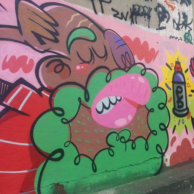 Com meu camarada @gleydstonbarba #graffiti #graffitiartist #streetartrio #rjvandal #sprayart #spraycanart #crizsilva