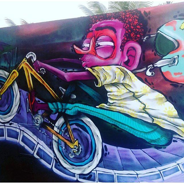 Do muro para a tela. O grafiteiro @jeanpoull mostrará todo o seu talento no #ArtBattle18, domingo, 08/11 no @casashopping a partir das 17h