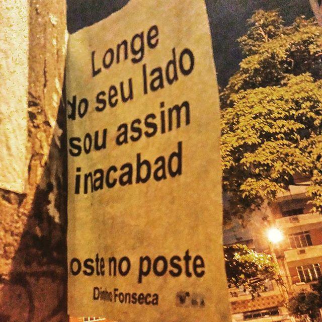 Erosão XI. #poesias #poetry #poema #poemas #verso #versos #poeta #poetas #arte #arteurbana #rj #rio #streetart #original #autor #autoral #post #poste #postes #posts #frases #dinho #dinhofonseca #postenoposte #poster #originals #StreetArtRio #street #verdadenoturna #editorial