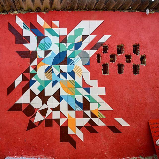 Morro dos Prazeres! #coletivomuda #muda #azulejaria #azulejo #tile #arte #streetartrio