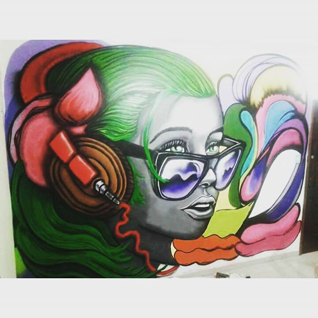 Trabalho de ontem na casa do amigo çaguilin. Com mano mano cool. Representa mlk. #instasize #istazise #instagood #streetart #streetartcarioca #streetartrio #grafitti #graffitirj #zonanorte #zonaoeste #tijuca #padremiguel #riodejaneiro #cool #dnz #ic