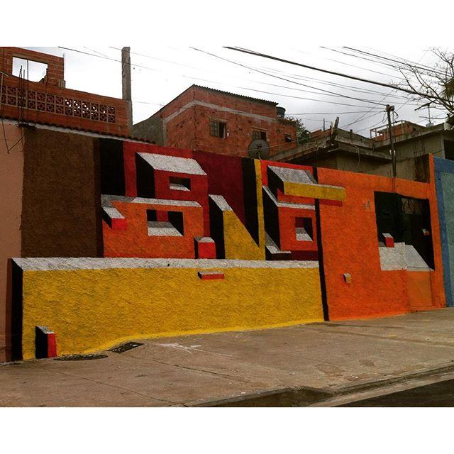 Viva o Sol! 45• #mariobands #bands #artistainterventor #pintouRio450anos #tudodecorpravocê #StreetArtrio #streetartofficial #streetarteverywhere