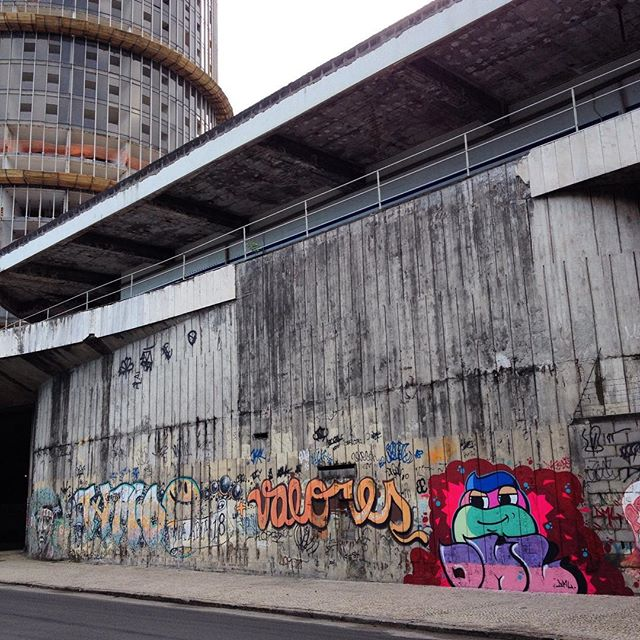#dmlone #plantiocrew #streetart #graffitiart #streetartrio #graffiti #plt #sprayart #aerosol #riodejaneiro #graffitirj #graff