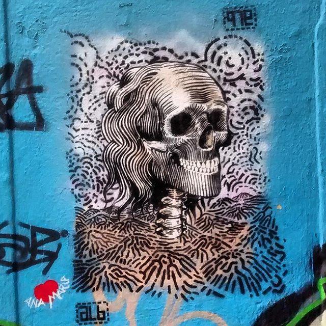 #streetartrio #streetart #graffiti #graffitiart #art #riodejaneiro #tags #tagsandthrows #throwsup #throwsupz #bombing #bomb #grafite #artist #artoftheday #arteurbana #rj #urbanart #artederua #rua #graffitiwall #sprayart #vandal #galeriaceuaberto #olheosmuros #bombingbrasil #graffitirio #art #makeart