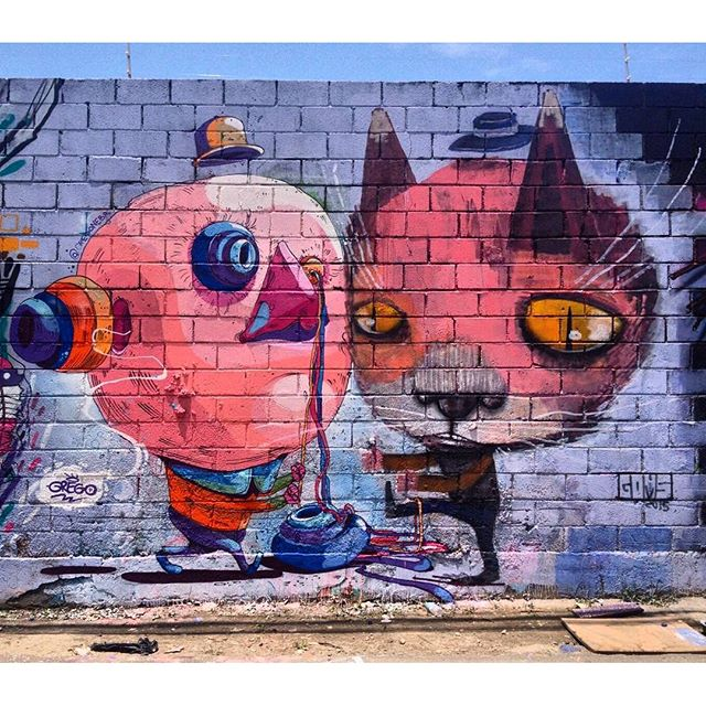 @thiagogoms321 + @gregonebr нарисовали для @meetingofavela #mof10 в Рио-де-Жанейро. #thiagogoms #grego #streetartrio #streetartrj #graffitirio #graffitirj #streetartbr #igersbrazil #ig_brazil #graffitibrazil #граффити_tschelovek #streetart #urbanart #graffiti #mural #стритарт #граффити #wallart #graffitiart #artederua #grafite #arteurbana #wall #graffiticulture #graffitiwall #streetart_daily #streetarteverywhere
