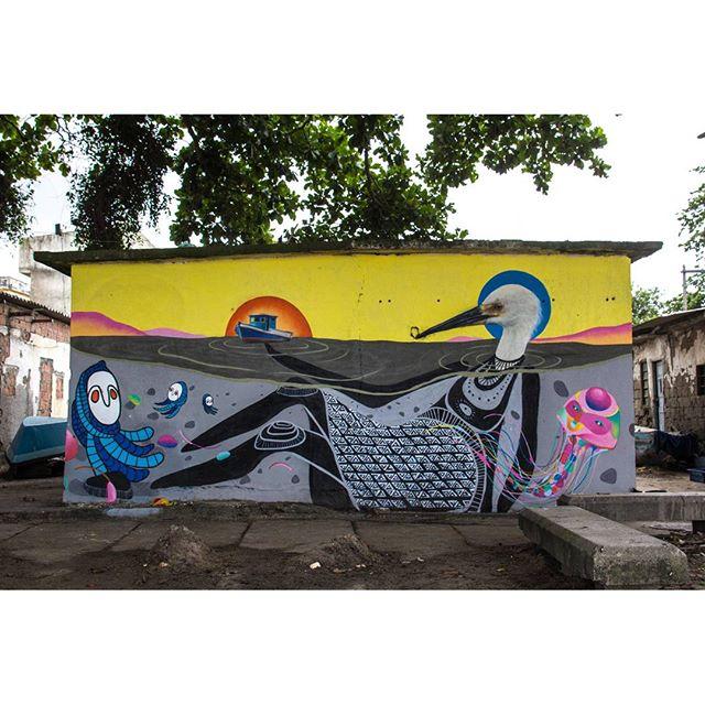 @guilherme_kid + @ururah + @cety_soledade + @tainancabral Painel realizado para o projeto #mariscarte #streetart #streetartgallery #galeriaaceuaberto #instagraffiti #graff #graffiti #spraydaily #spraypaint #art #arteurbana #urbanarts #sepetiba #fishermans #fisherman #arte #drawing #ururah #streetartfiles #rj #rjvandal #errejota #streetart_daily #streetartrio