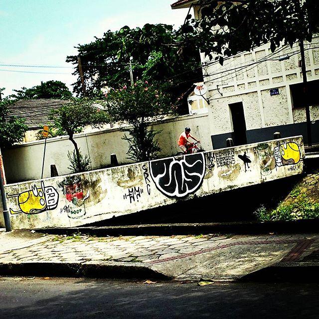 @mz_qpasa @searc_src #qpasa #mz #src #urbangraffiti #grafite #StreetArtRio #graffitirio #wallpainting #painting #paint #mural #murals #instamural #bombing #streetphotography #streetphoto #graffiti #graff #rua #street #ijardimbotanico #RiodeJaneiro #RJ #BR #Rio #Brasil