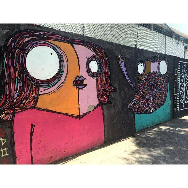 @rafocastro #graffiti #graffrio #murosdorio #arteurbanabr #artelivre #streetartrio #caminhada #projetosaúde