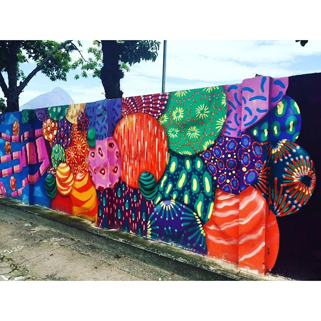 @tozfbc #murosdorio #streetartrio #riodejaneiro #lagoarodrigodefreitas #projetosaúde #caminhada #jockeyclub #graffiti #graffrio #grafite