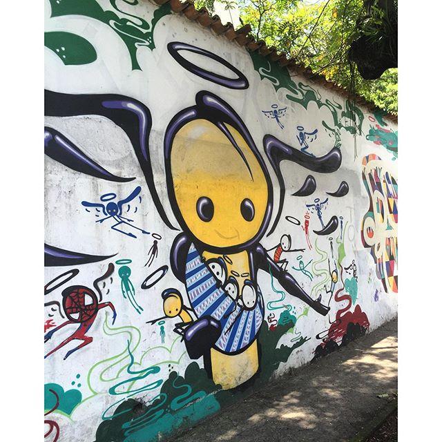 @warkrocinha #streetartrio #lagoarodrigodefreitas #riodejaneiro #projetosaúde #caminhada #grafite #graffiti #graffrio #artelivre #arteurbanabr #murosdorio