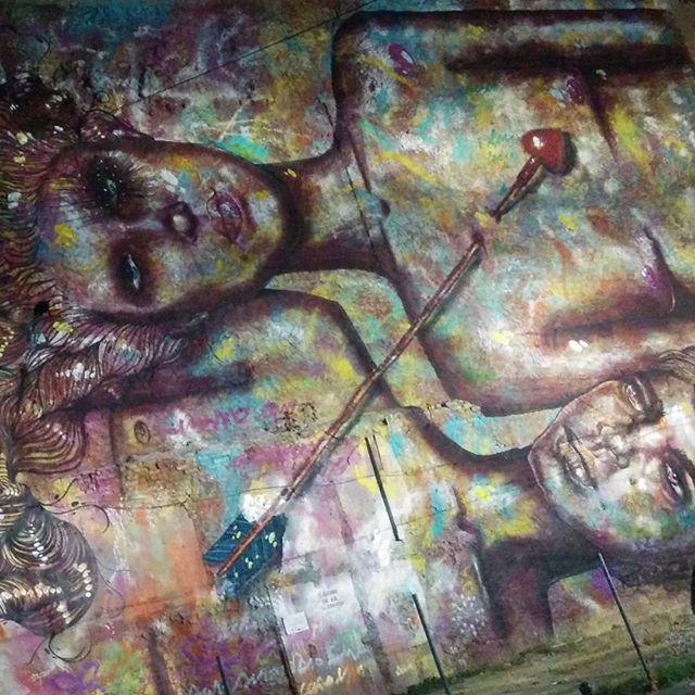 Amor e arte #streetart #streetartrio #rio #grafite #love