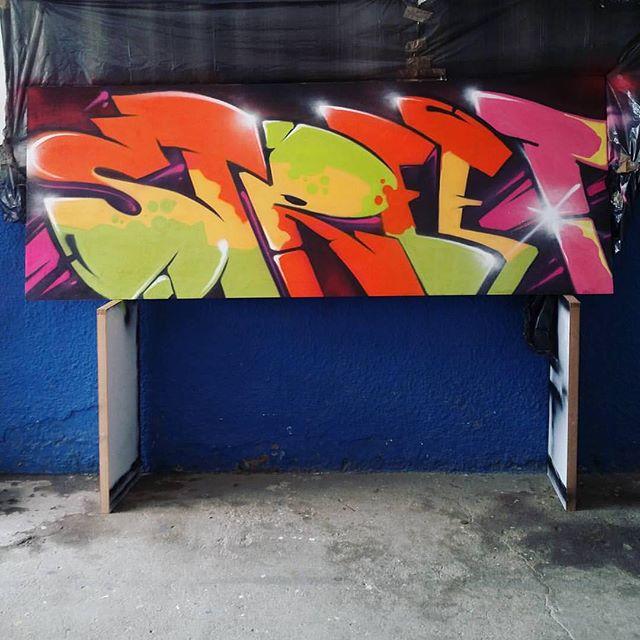 Arte do @_blopa pra @loja_positivevibration! STREET! #graffiti #graffitiart #streetart #art #arte #arteurbana #graffitikings #letters #weloveletters #artsy #drawing #arts #SprayArt #vscocam #wildstyle #wildstylegraffiti #brasil #graffitilovers #streetartrio #Blopa #BlopaOne #H2R #CSL #coletivonope #nobreperiferia #nope