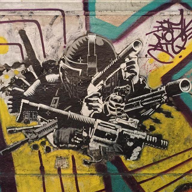 Blazing. #streetart #streetartRIO #lapa #abelleinbrazil #riodejaneiro #RIO #himom #seesomeworld