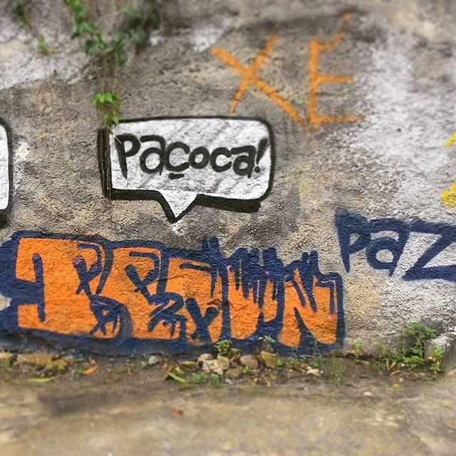 ... #CaioSFABrown #Paçoca #Paz #Love #ArteUrbana #Graffiti #streetart #streetartrio #Niterói