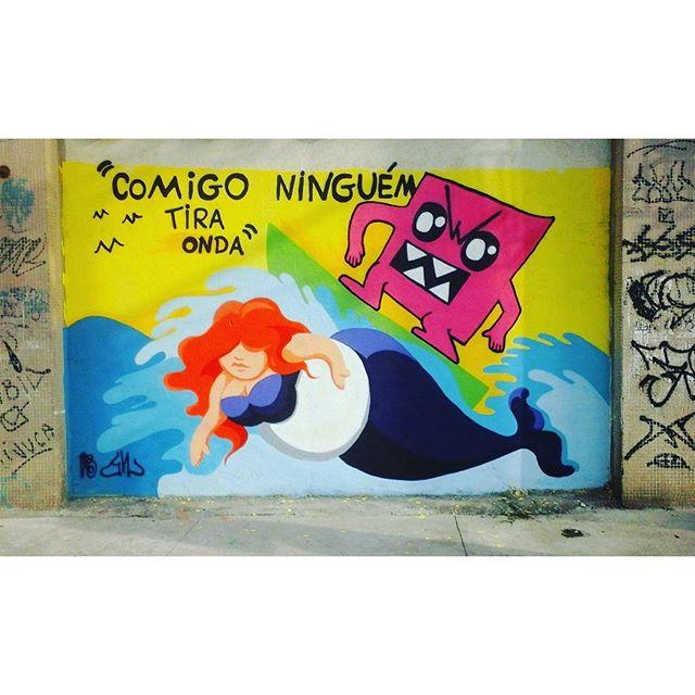 """Comigo ninguém tira onda"" Cbjr Gri & Liks #GraffitiBrasil #GraffitiRioDeJaneiro #Graffiti #StreetArtRio #StreetArt #ArteDeRua #ArteUrban #ArteUrbana #Art #Arte #Rua #ErrrJota #RioDeJaneiro #RjVandal #CharlieBrowJr #ComigoNinguemTiraOnda #Rock #Sereia #Baleia #Monstrinhos #Monstros #Liksgraffiti"