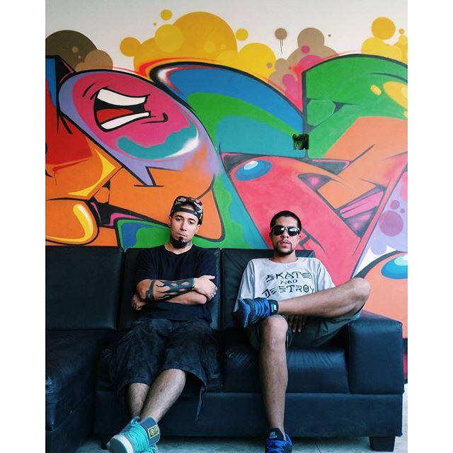 """ Era pra ser bandido, mas viramo artista ..."" @efidoisele + @_blopa Foto : @iudema #graffiti #graffitiart #streetart #art #arte #arteurbana #graffitikings #letters #weloveletters #artsy #drawing #arts #SprayArt #vscocam #wildstyle #wildstylegraffiti #brasil #graffitilovers #streetartrio #Blopa #BlopaOne #H2R #CSL"