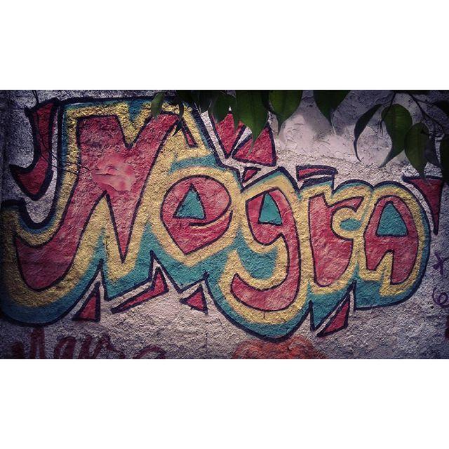 Exercitando... Lazer... Jetvicio... #grafiti #graffiti #grafite #emminhacasa #negra #novembro #respeiteminhacor #afrografiteiras #jetvicio #streetartrio