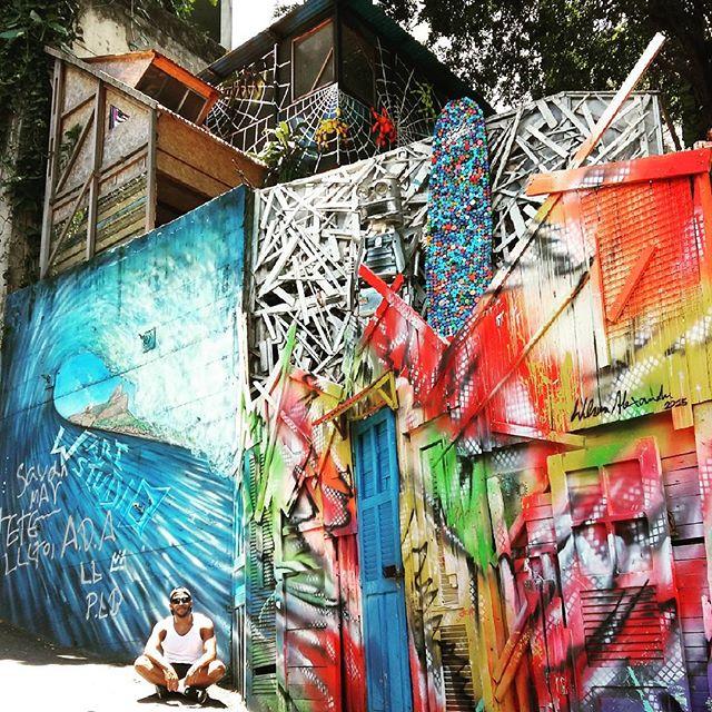 Favelado* domimical. #vidigal #favelainrio #riodejaneiro #trilheirosrj #trilheiros #artrio #streetartrio #streetart