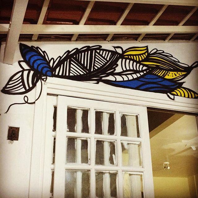 Fluindo !!!! #instaart #spray #riodejaneiro #rj #instagraffiti #graffiti #graffite #artederua #art #artist #urbanart #graffitibrazil #graffitebrazil #loveart #spraypaint #streetart #freestyle #graffitirj #graffrio #rua #mtn #hiphop #streetartrio #ruasdazn #trapacrew #tafaltandomuro