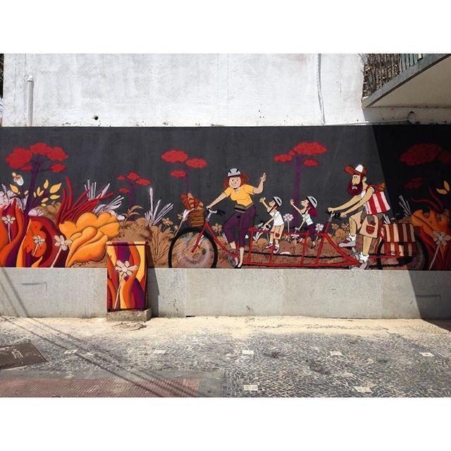Mural completo. #family #cazesawaya e #efixis #barbudinhoo #andarilho #bike #bicicleta #pedal #bread #padoca #padaria #pao #streetartrio #streetartnews #streetstyle #streetart #tijuca #tijukinstan