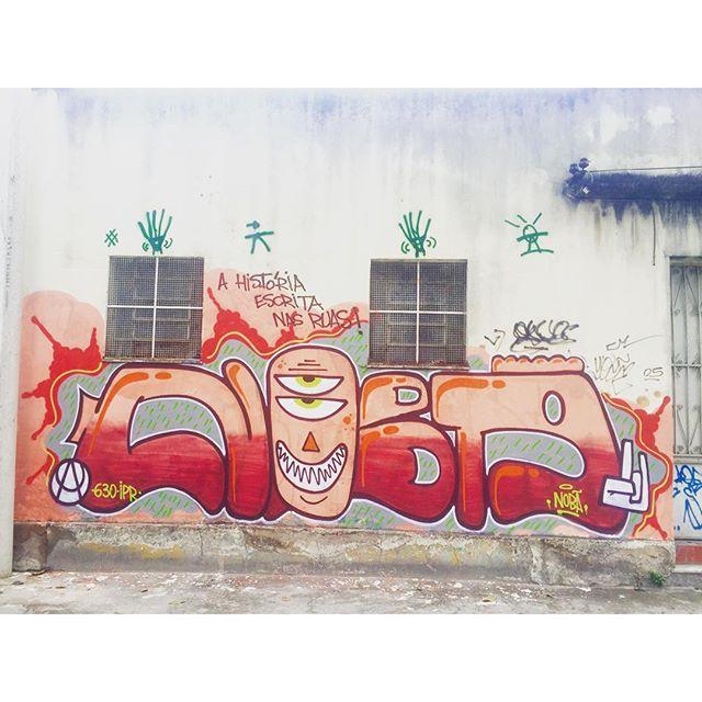 Original da RUA... Nobã AUC #artistasurbanoscrew #pandronobã #bomb #streetartrio #rjvandal #ruasdazn #tagsandthrows #streetwriters #writers #artederua #arteurbana #streetart #ruasrj #riodejaneiro #penha #zonanorte #photograffiti #oldscholl 2015